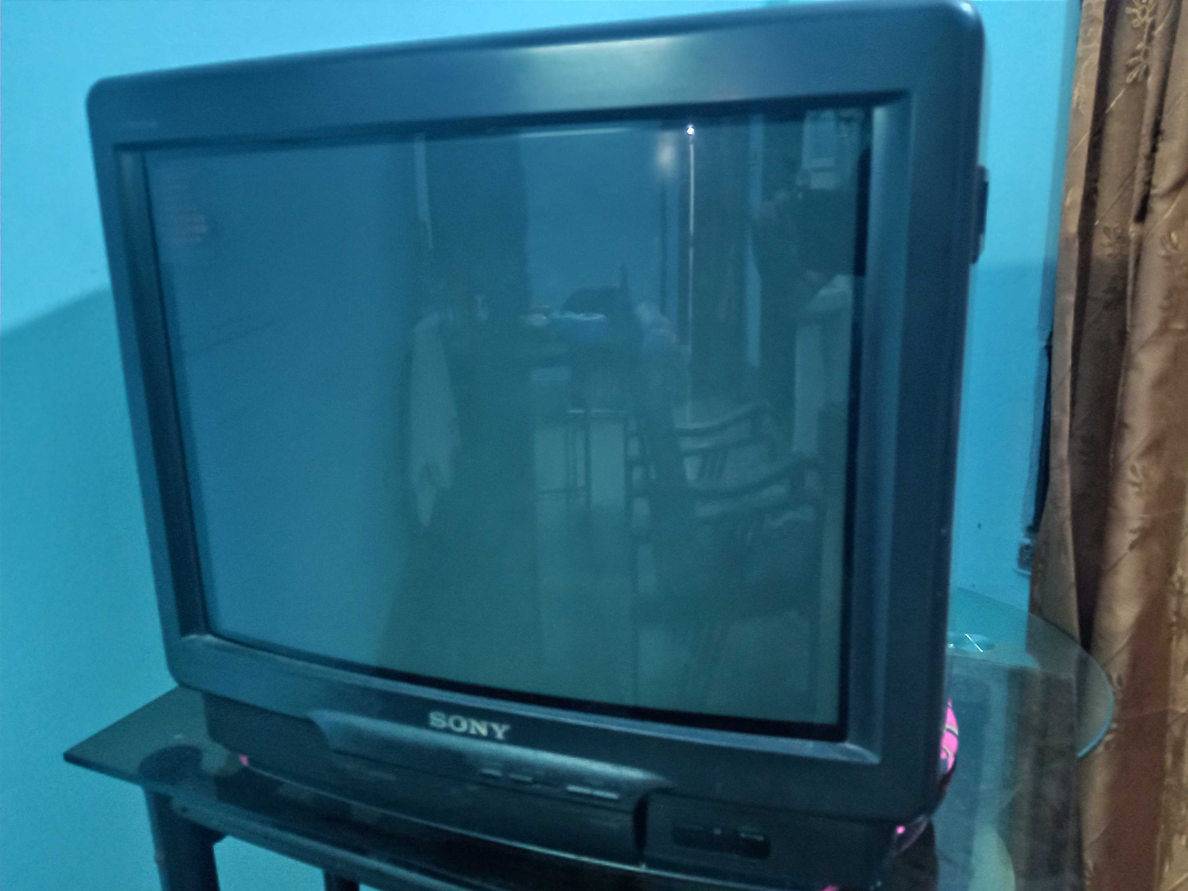 Sony 21 inch Colour CRT TV for sell